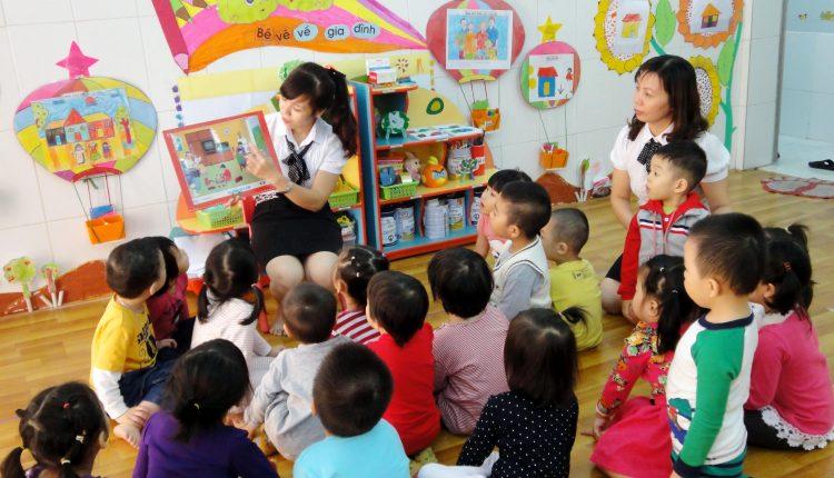 Làm thế nào để cha mẹ an tâm cho con trẻ đến trường?