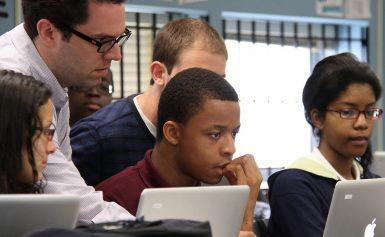 Internet  ảnh hưởng như thế nào đến học sinh, sinh viên?